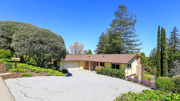753 Mayfield Ave, Stanford