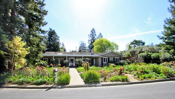 810 Allardice Way, Stanford