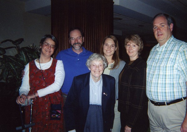 Mary with Lesley Wischmann, Larry Jansen, Alicia Oakes Marrara, Cathy Jansen, Bob Jansen. 2000.