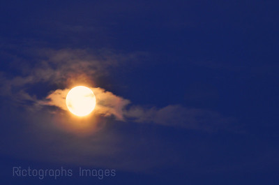 photography,landscape,Blue,moon, clouds,254