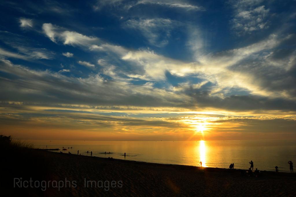 Lake Huron, Grand Bend, Sun Setting
