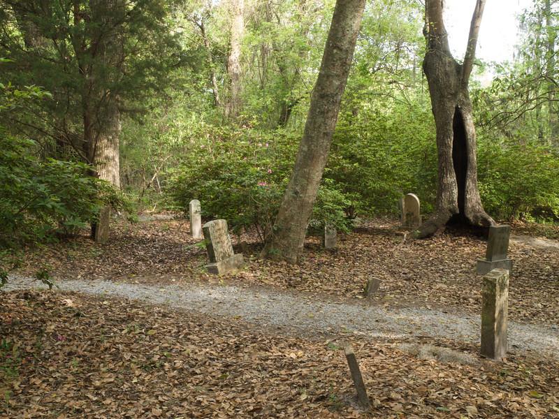 Slave cemetery, Magnolia Plantation Gardens