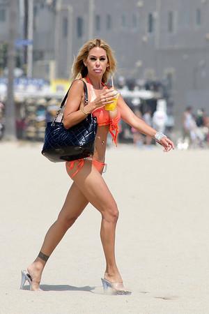 Shauna Sand on Bikiniin Venice