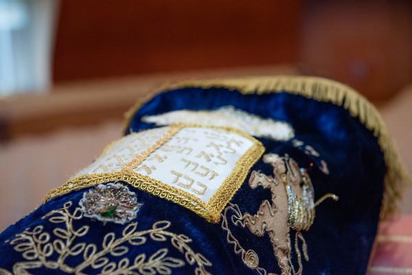 Mariana_Edelman_Photography_Cleveland_Park_Synagogue_Bat_Mitzvah_Berke_009