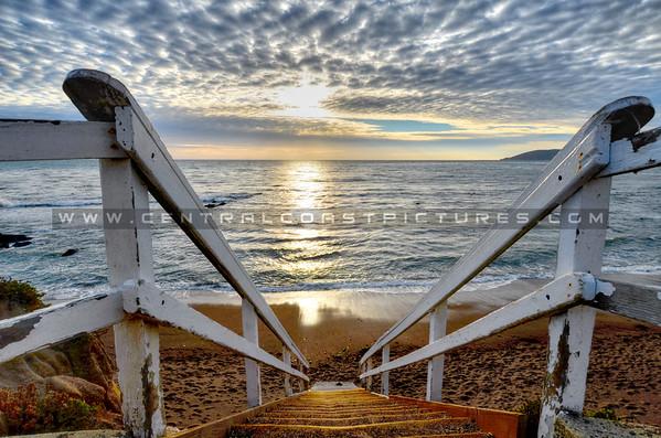 shell-beach-stairs_1406-2