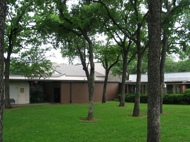 May 1 tour of Calvary Lutheran, Arlington.  They have lots of nice trees.