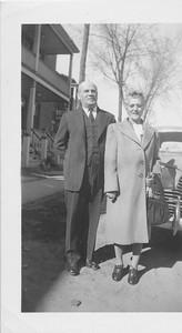 Charles and Naiomi Kitner May 1946