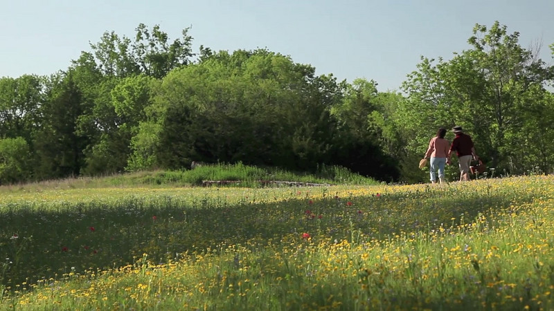 Shiloh Morning Inn Couple Hiking Video Clip