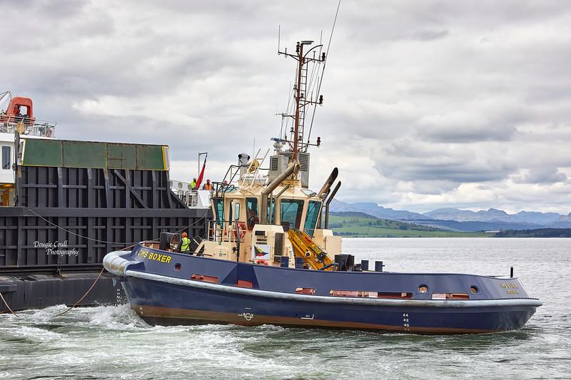 CMS Wrestler with MV Loch Seaforth at James Watt Dock - 28 May 2021