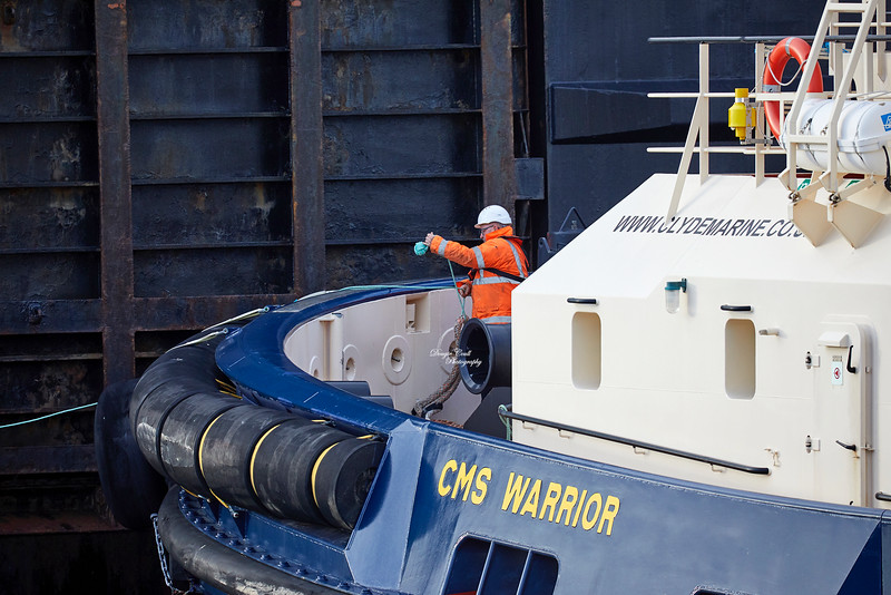 'CMS Warrior' with the 'MV Isle of Lewis' at James Watt Dock - 28 January 2019