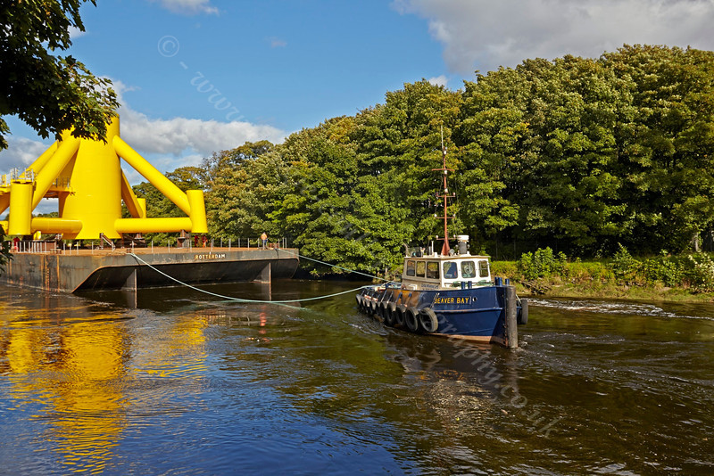 'Beaver Bay' at the Barge Stern - Inchinnan Bascule Bridge - 10 September 2013