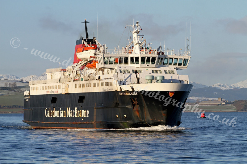 Caledonian Isles - approaching Greenock