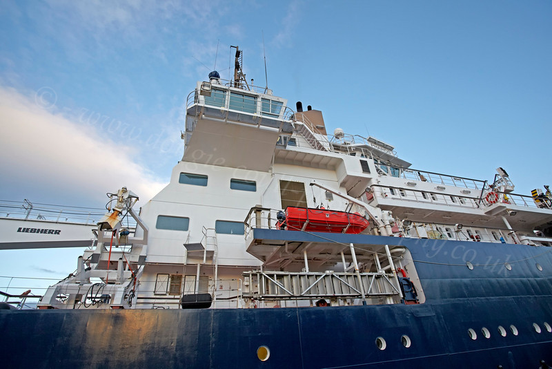 NLV Pharos at Custom House Quay - 19 January 2013