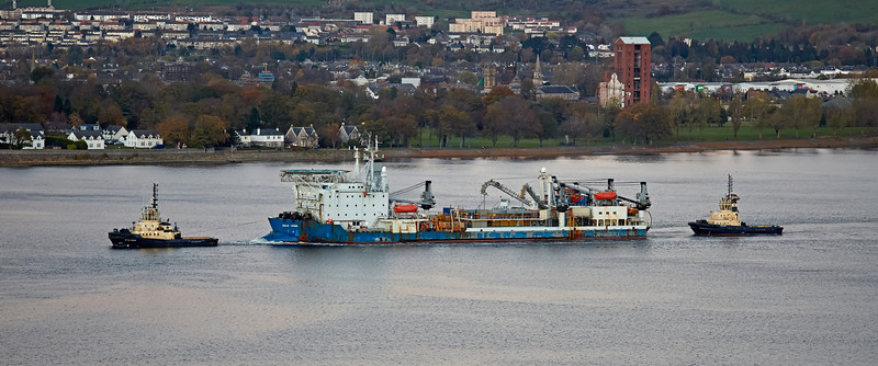 'Giulio Verne' off Langbank - 6 November 2016