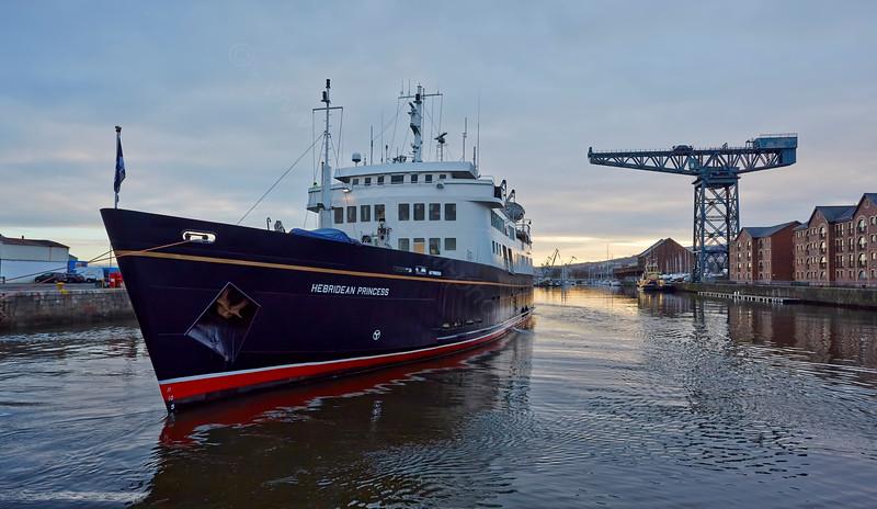 'Hebridean Princess' in James Watt Dock - 19 January 2015