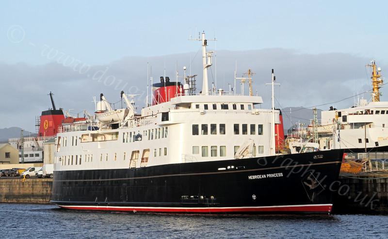Hebridean Princess - James Watt Dock - 12 January 2012