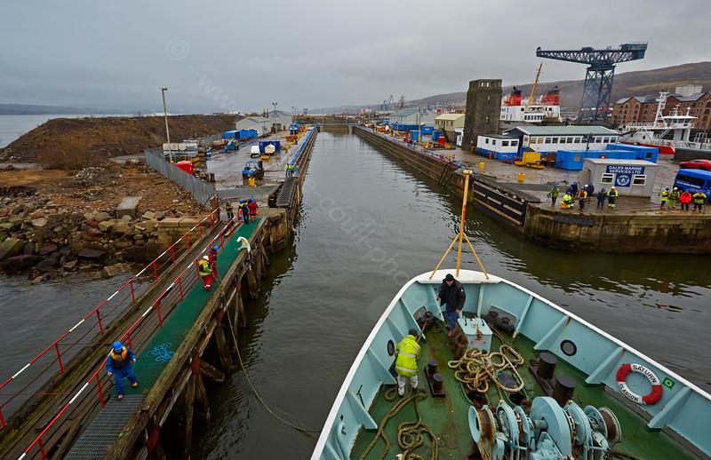 'MV Saturn' entering Garvel Dry Dock - 25 February 2015