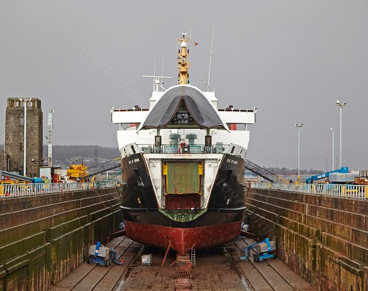 'MV Isle of Arran' at the Garvel Dry Dock - 9 February 2014