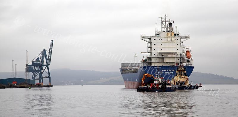 'Louds Island' Passing Greenock Ocean Terminal - 11 January 2013