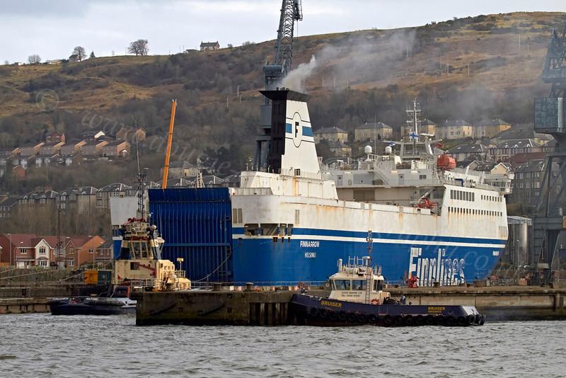 MV Finnarrow Exiting Inchgreen Dry Dock - 20 March 2013