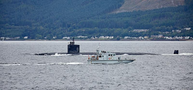 HMS Raider passing USS Toledo (SSN-769) off Cloch Point - 20 July 2017