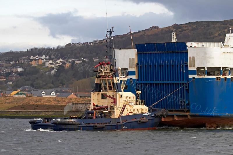 Anglegarth Assisting MV Finnarrow  - 20 March 2013