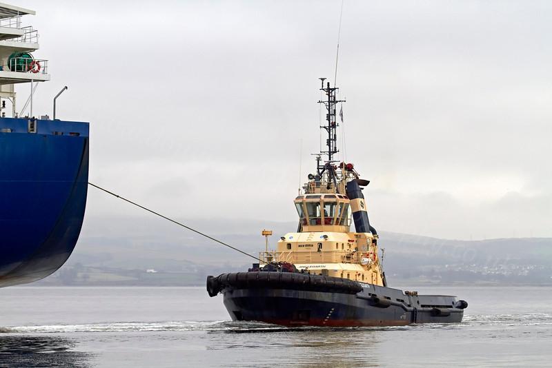 Louds Island Assisted by Tug Anglegarth - 11 January 2013