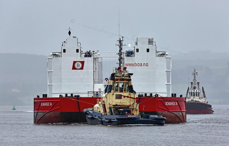 'Boa barge 34' off Greenock - 20 July 2015