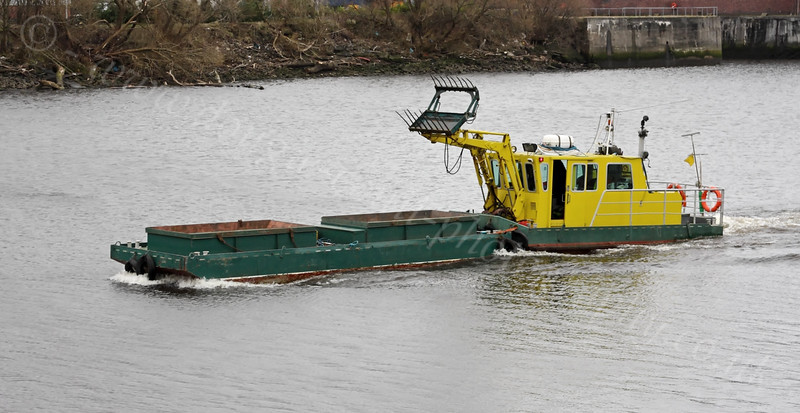 St Mungo - Clean-Up Barge - Braehead - 27 February 2012