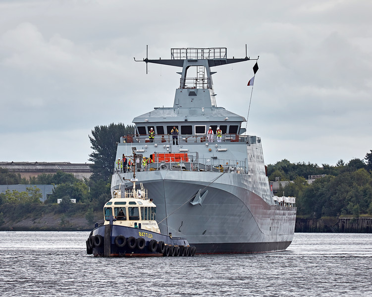 'HMS Forth' (P222) approaching Braehead - 21 August 2016