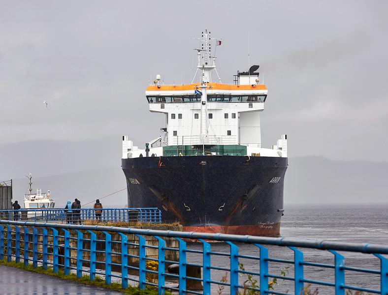 'MV Arrow' arriving at Garvel Dry Dock in Torrential Rain - 7 August 2017