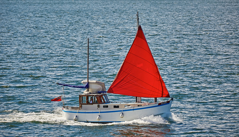 Motor Yacht 'Kilmory' off Cloch Point - 15 May 2016