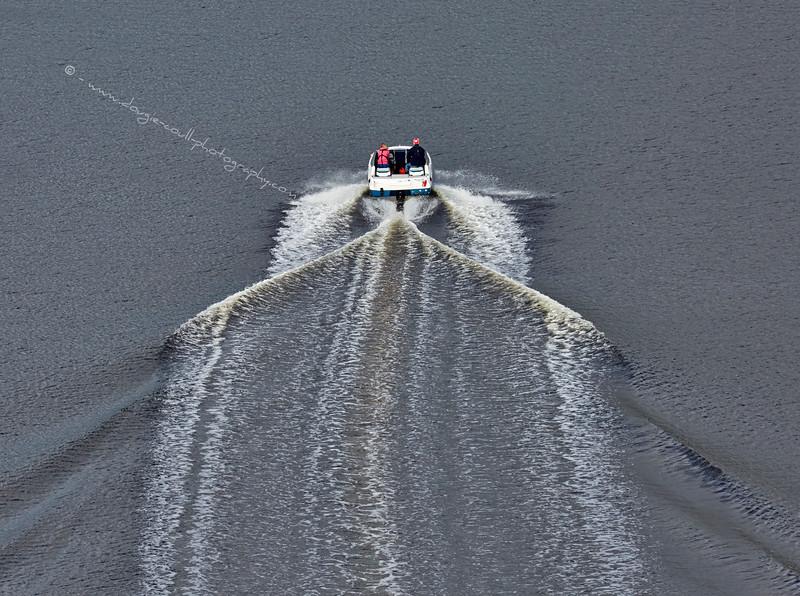 Speedboat from the Erskine Bridge - 16 August 2015