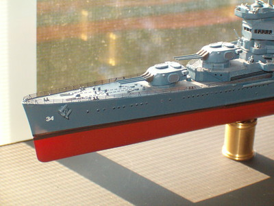 """CA-34 improvements: Fore mast re-done in brass & styrene, minor parts added (20mm, Carly floats, anchors with """"disappearing"""" shanks, etc.)"""