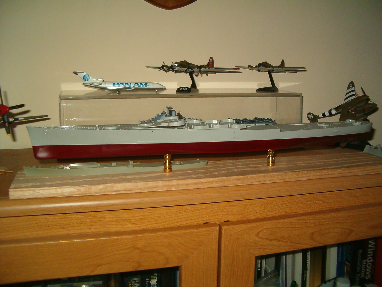 Subject is USS San Francisco (CA-38) in 1/350 by Trumpeter