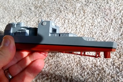 190923: Base colors complete. Hull red is Krylon rattlecan Red Primer.