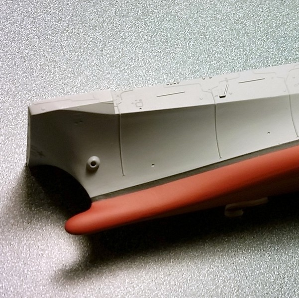 141205 LHD-5 hull painting.  Quick job with basic tools and paints.