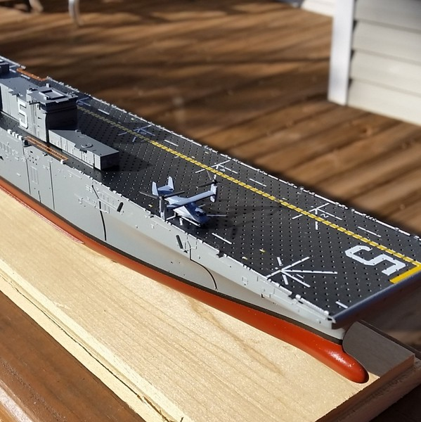 150215: LHD-5 Decal application.  Decals are very good and fit perfectly.  But there are lots and lots!