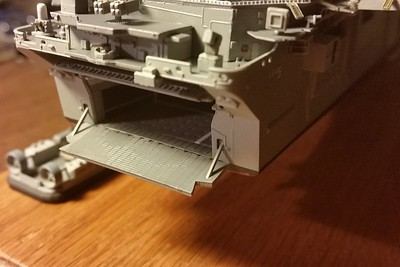 151110: LHD-5 progress shot.  Stern gate and hydraulic operating arms are a surprisingly good fit.