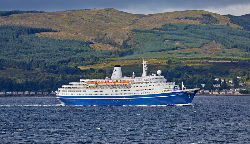 'Marco Polo' off Cloch Lighthouse, Gourock - 26 August 2016