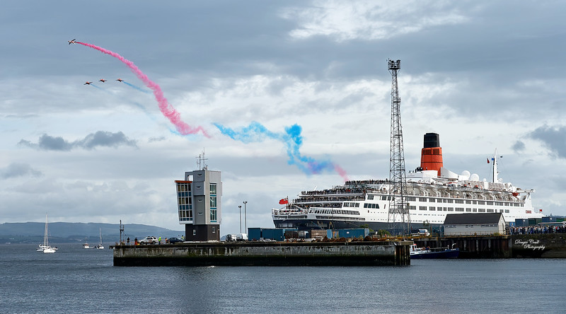 QE2 - with Red Arrows Display