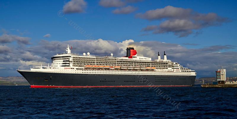 Cruise Ship - Queen Mary 2 - Ocean Terminal - 15 May 2013