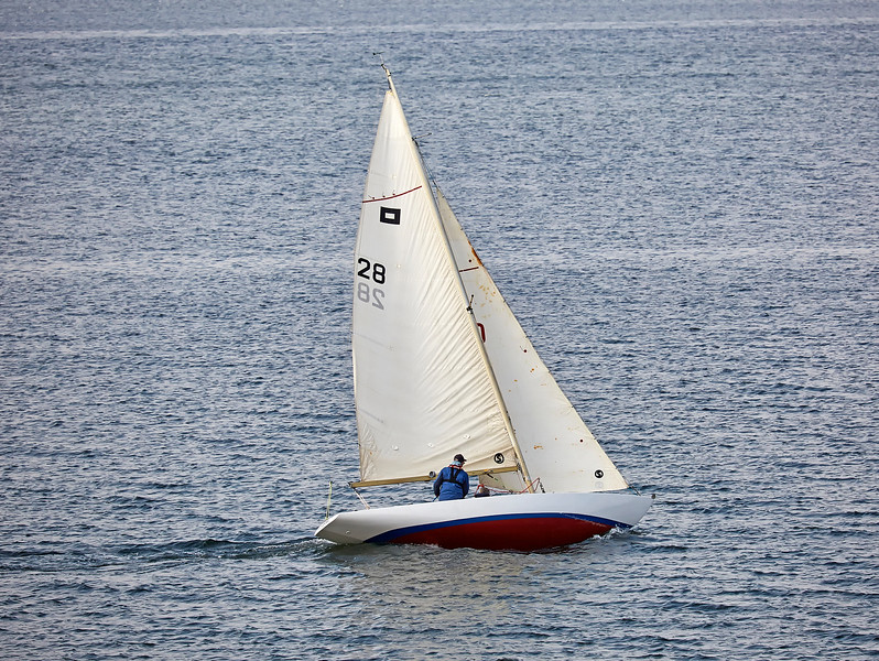 Piper Class Yacht off Cloch Point - 11 May 2017