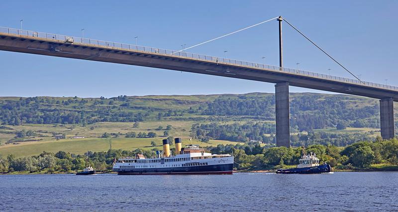 TS Queen Mary passing Erskine Bridge - 28 June 2019