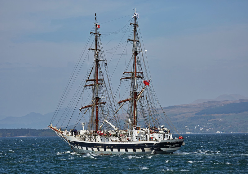 Stavros S Niarchos departing Greenock - 1 May 2017