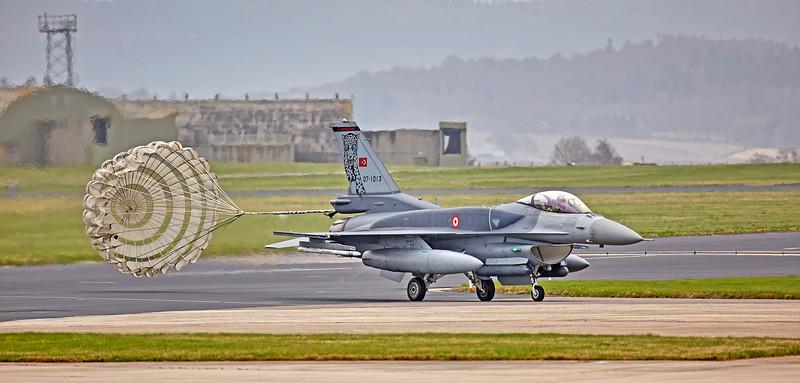 Chute Deployed onTurkish F-16 at Lossiemouth - 12 April 2016