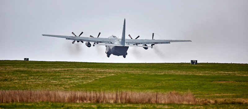 Up, up, and away with a US Navy C130 at Lossiemouth - 13 April 2016