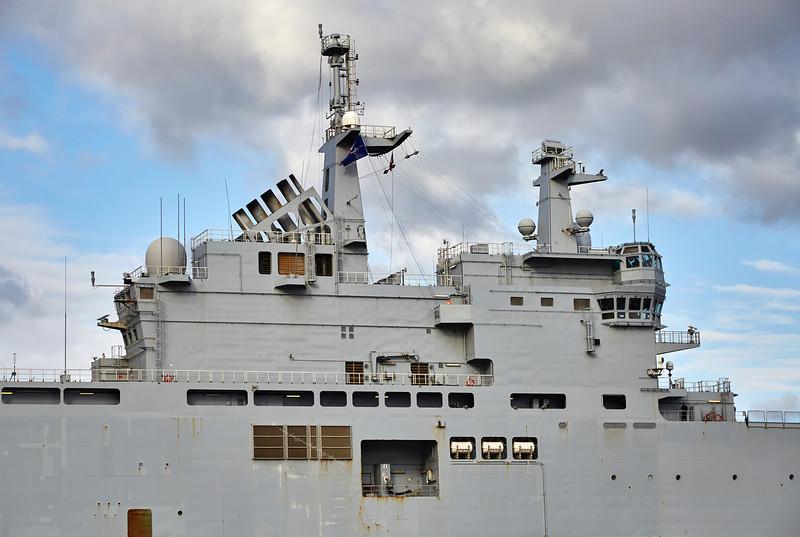 FS Tonnerre (L9014) off Greenock Esplanade - 8 October 2016