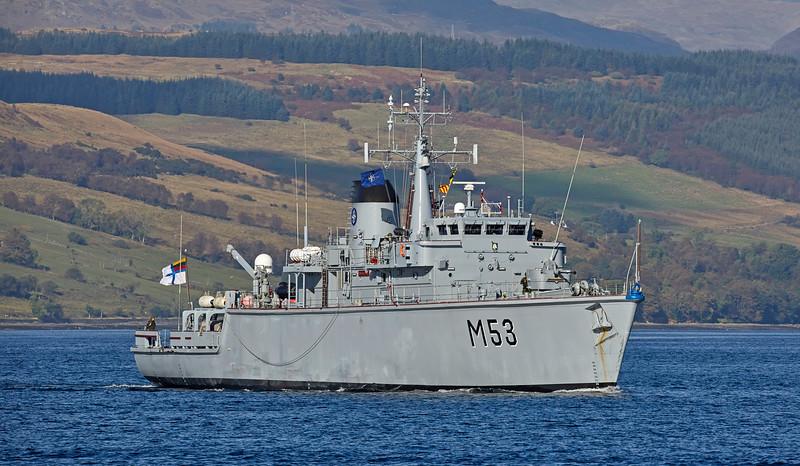 'LNS Skalvis' (M53) off Rhu - 9 October 2016