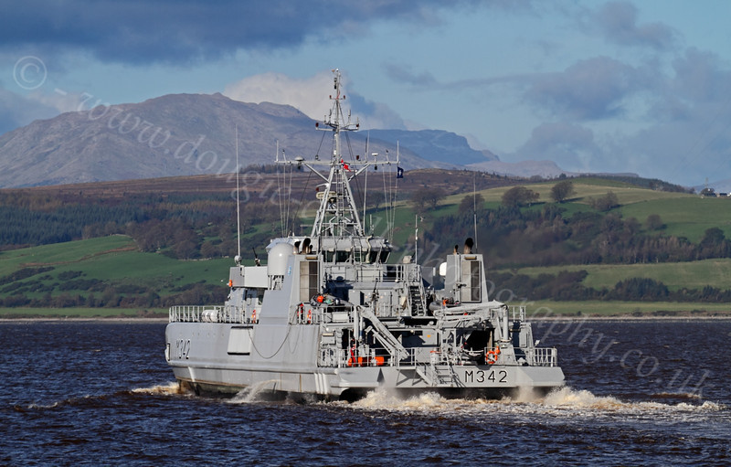 HNOMS Maaloey - (M342) - Off East India Harbour - 19 October 2011
